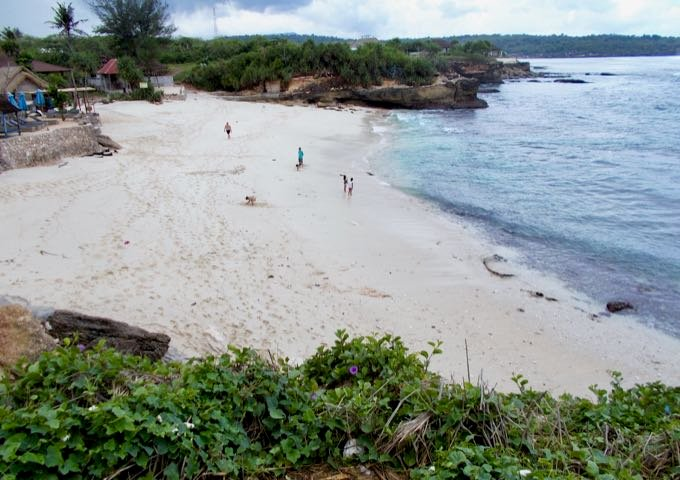 Dream Beach nearby is too dangerous to swim or snorkel.