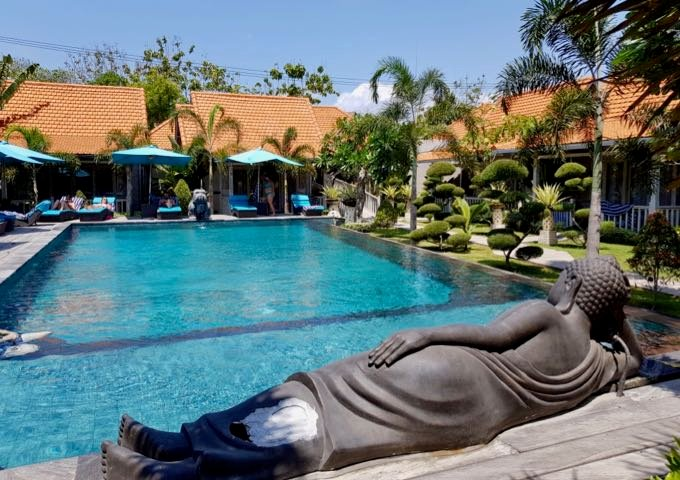 Review of Palm Grove Villas in Bali.