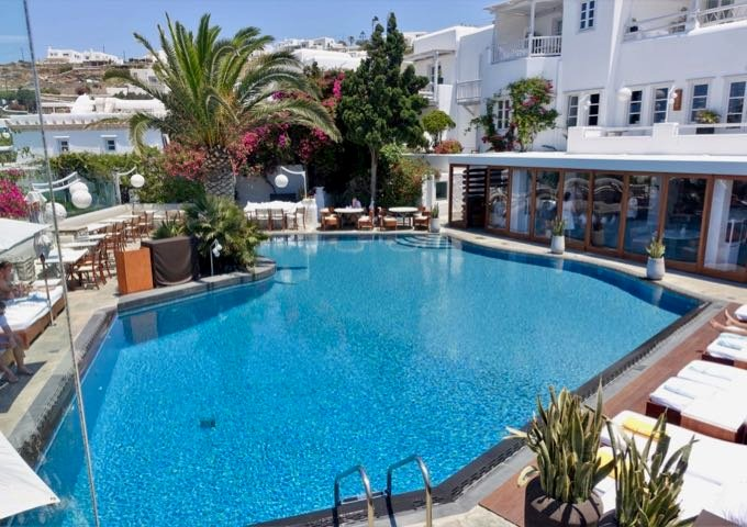 The Matsuhisa Mykonos restaurant is behind the swimming pool.