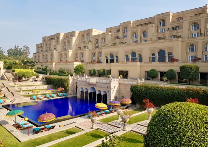 Review of The Oberoi Amarvilas Hotel in Agra, India.