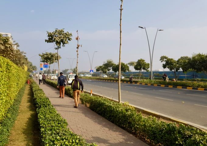 Aerocity has wide, clean, and shady streets, and little traffic.