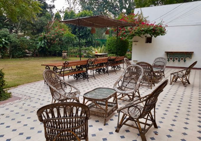 Review of Lutyens Bungalows in Delhi, India.