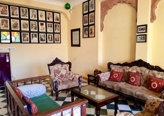 The Haveli Inn Pal features quaint old-style guest lounges.