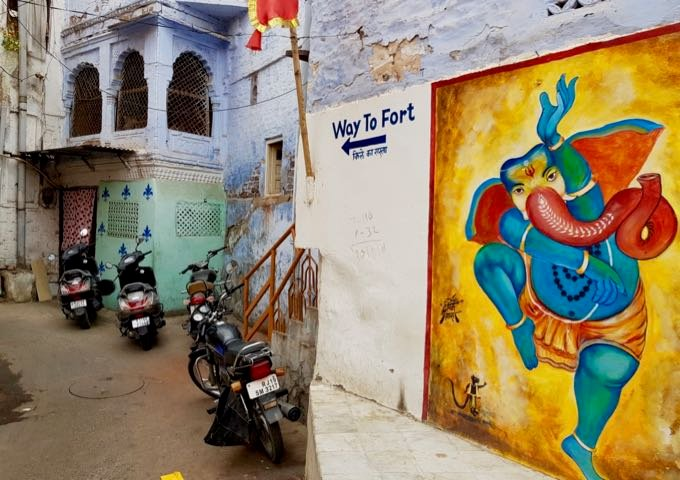 The directions to the Mehrangarh Fort are easy to find.