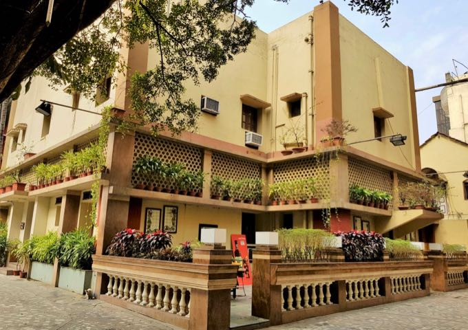 Review of Lytton Hotel in Kolkata, India.