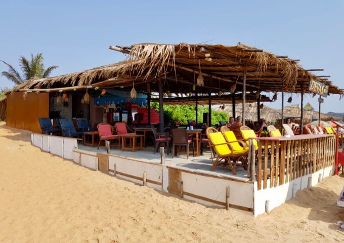 There are several cafés on the beach.