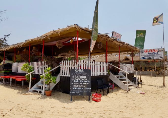 The beach cafés serve cheap meals and drinks, and are popular during sunset.