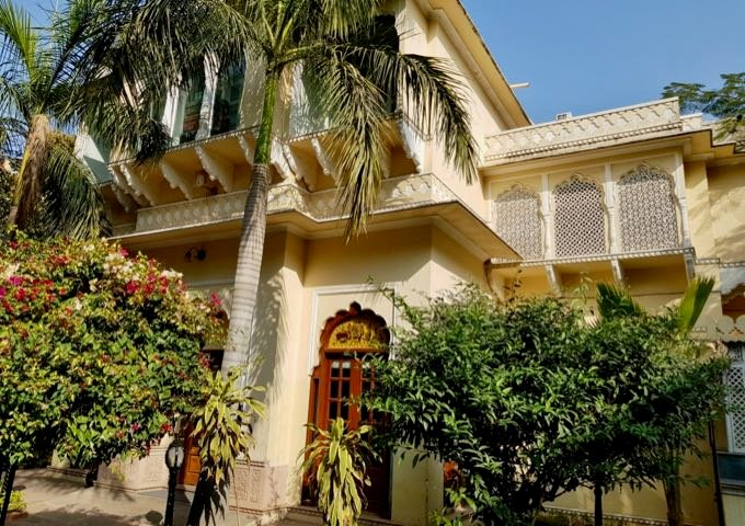 Alsisar Haveli Hotel in Jaipur, India