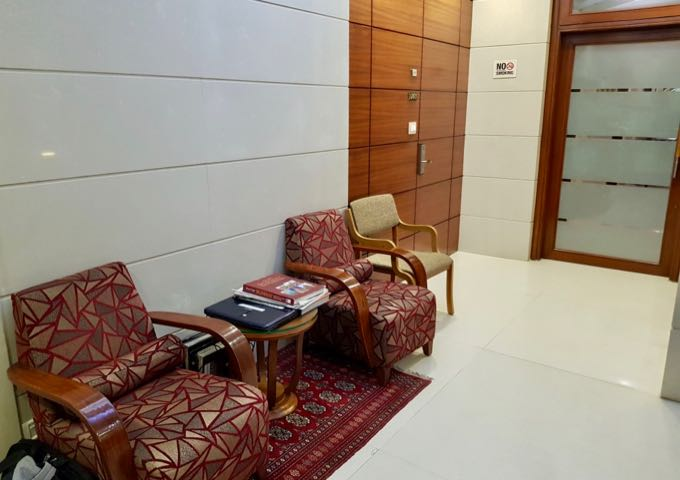 Modern and pleasant lobby of the guesthouse.