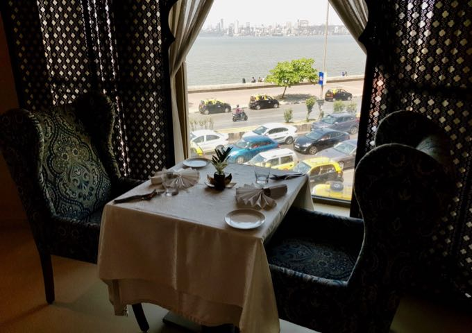 Kebab Korner bistro at the InterContinental offers air-conditioned seating with sea views.