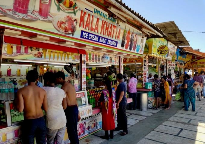 Food stalls near the hotel.