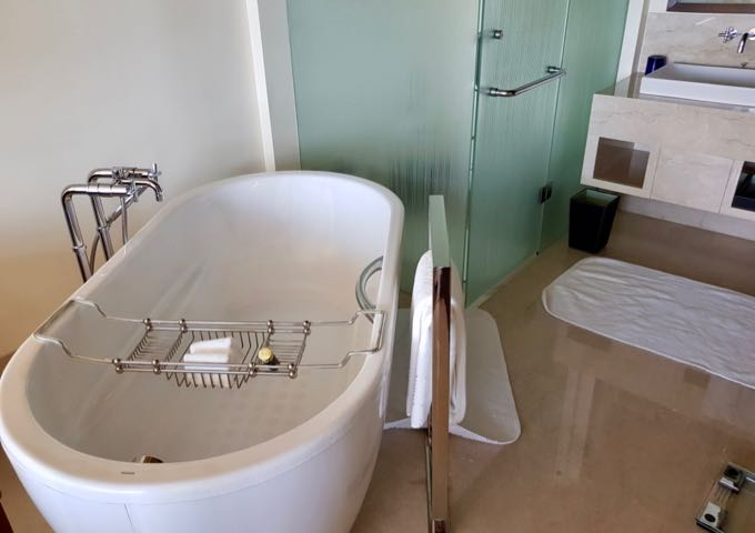 Stand-alone bathtubs are in all accommodations.