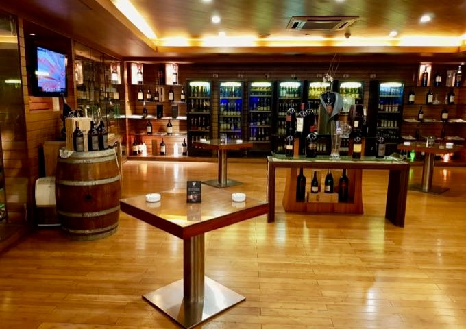 Huge collection of wines at Diwine.