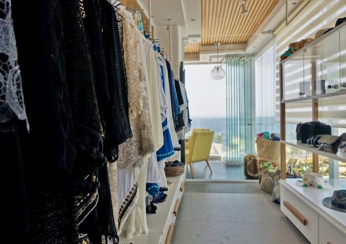 The small on-site boutique sells women's clothing and accessories.
