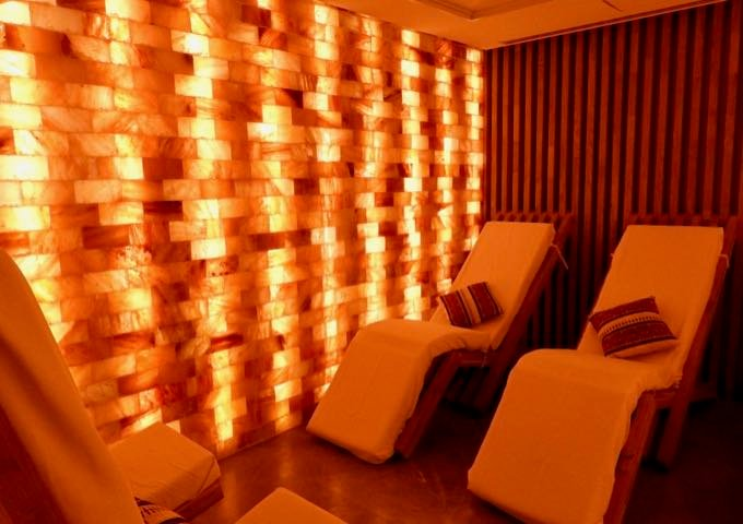 It also features a Himalayan salt room.
