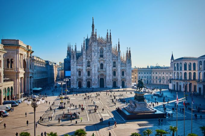 Overhead view of the Piazza del Duomo in Milan