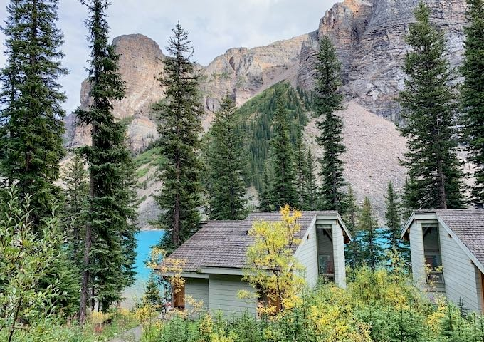 Review of Moraine Lake Lodge in Banff, Canada.