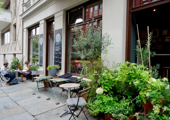 Coffee Room is located on Saarbrücker Strasse.