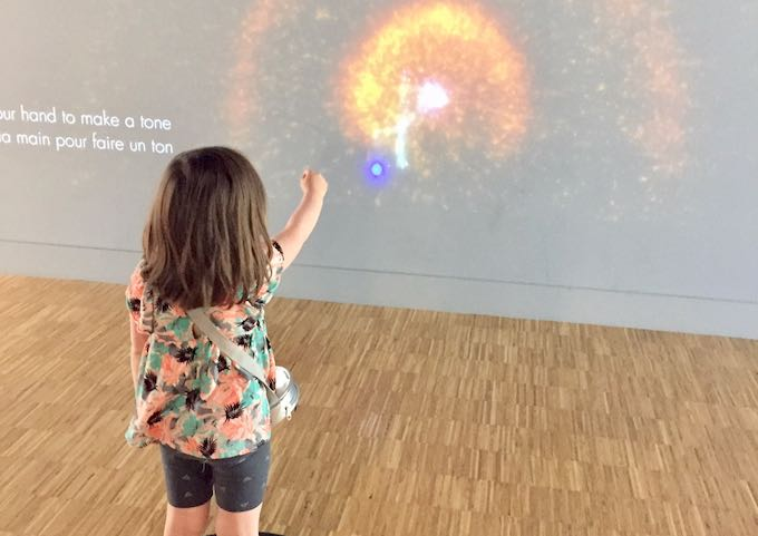 It has several interactive musical exhibits for children.