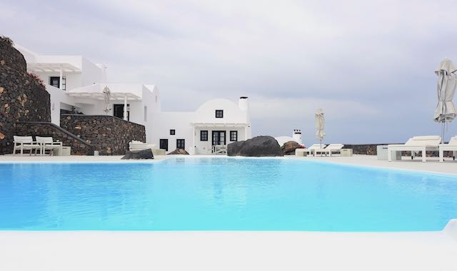 The main pool at Aenaon Villas in Imerovigli