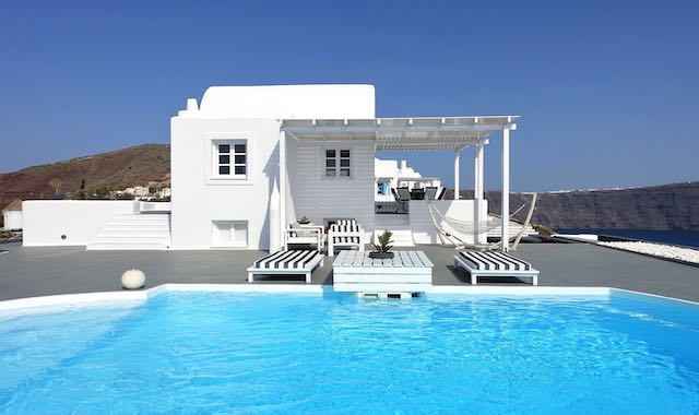 A private villa and pool at Mythique, near Oia