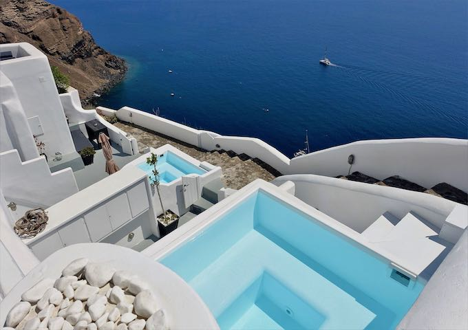 Heated plunge pools at White Pearl Villas