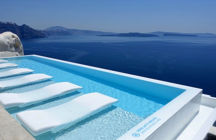 Floating sun loungers at Canaves Oia Suites
