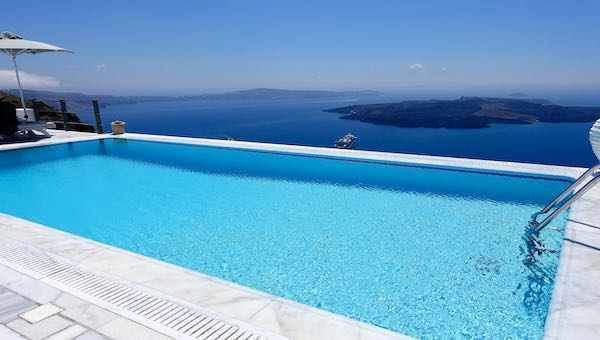 Infinity pool at Homeric Poems in Firostefani