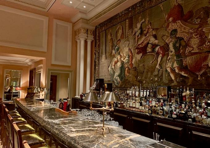 Alexander's Bar at Hotel Grande Bretagne in Athens
