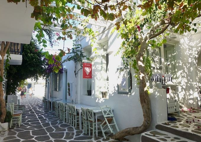 Soso Restaurant in Naoussa, Paros