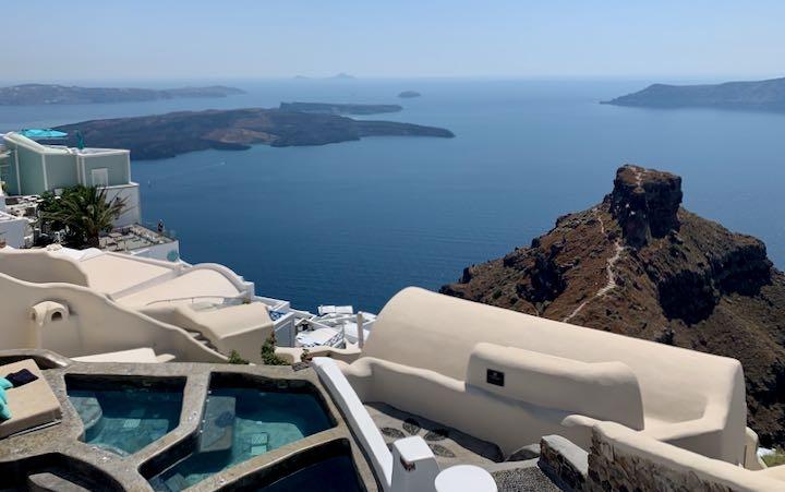 Hotel in Imerovigli, Santorini.