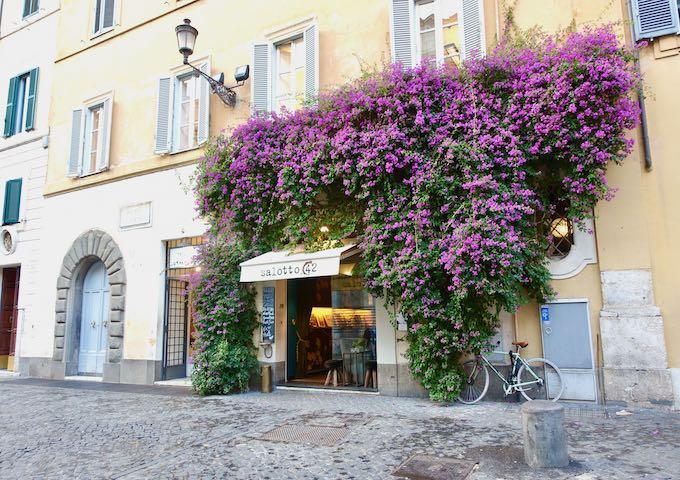Salotto 43 bar in Rome