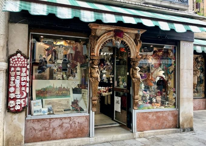Ca' Macana Atelier on Strada Nuova is a great costumes and masks shop.