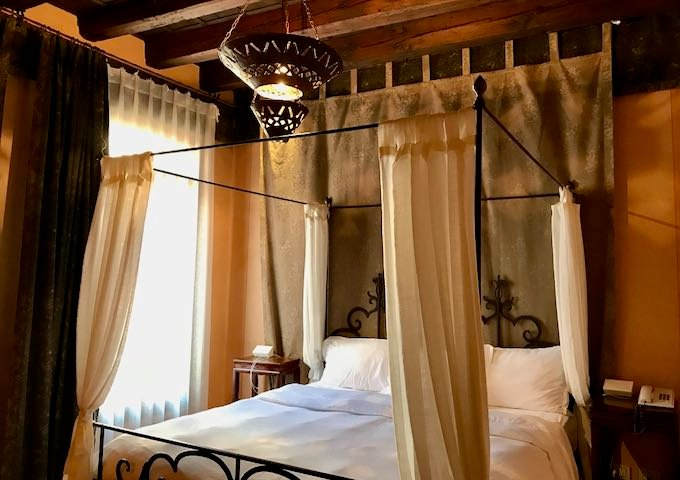 Review of Novecento Boutique Hotel in Venice, Italy.