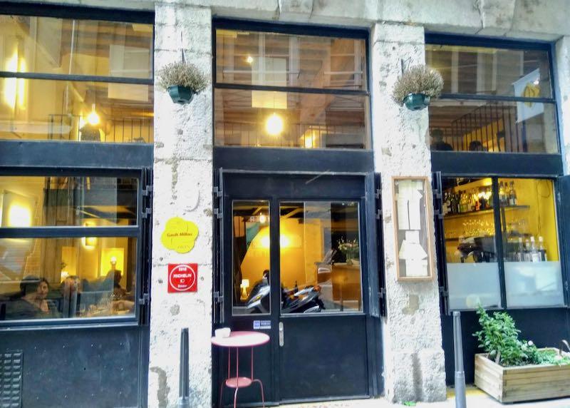 L'Atelier des Augustins serves inventive French cuisine.