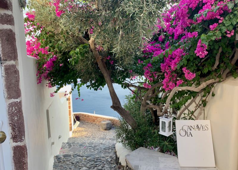 entrance to Canaves Oia Suites