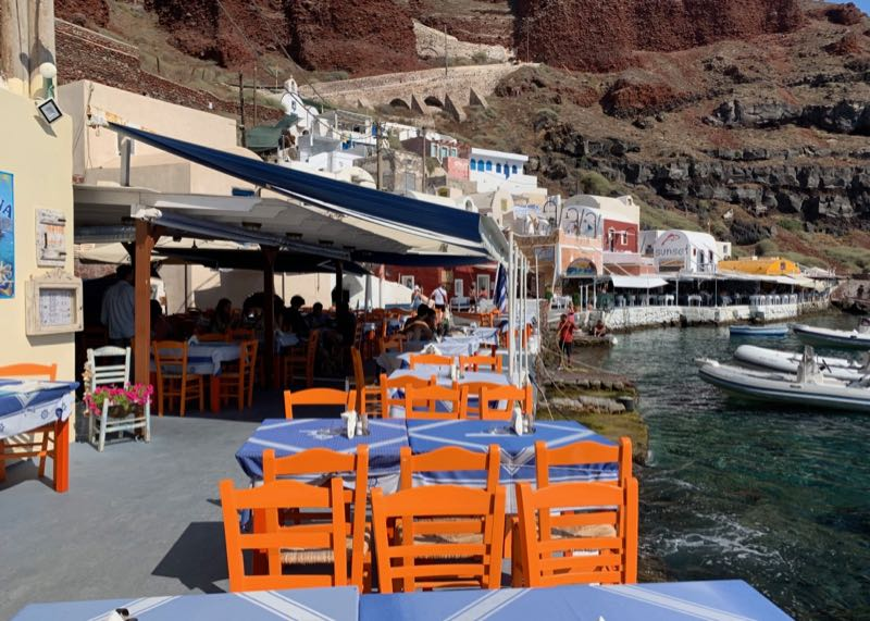 santorini restaurant amoudi fish tavern bay