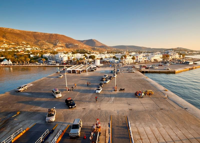Where to stay in Paros.