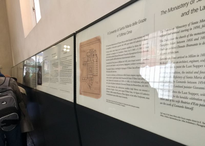 Sign giving information about the convent that houses Da Vinci's Last Supper