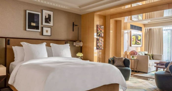 Best 5-Star Hotel near Hyde Park and Oxford Street.