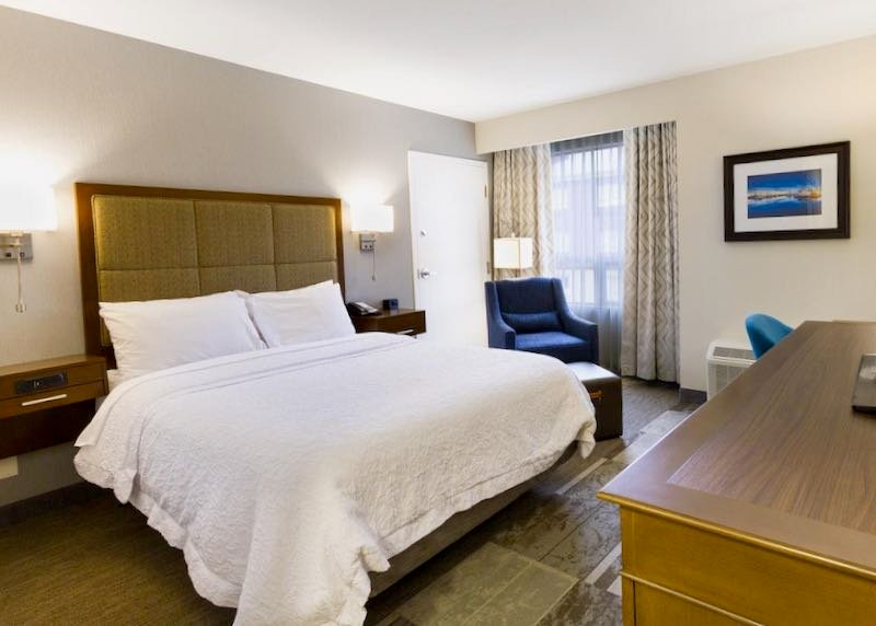 Cheap hotel near Vancouver Airport.
