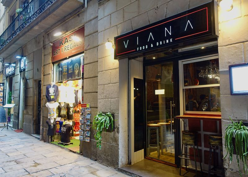 Viana tapas bar in Barcelona