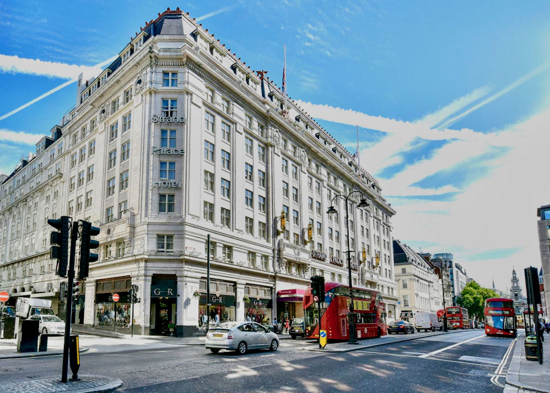 Good 4-star hotel in central London.