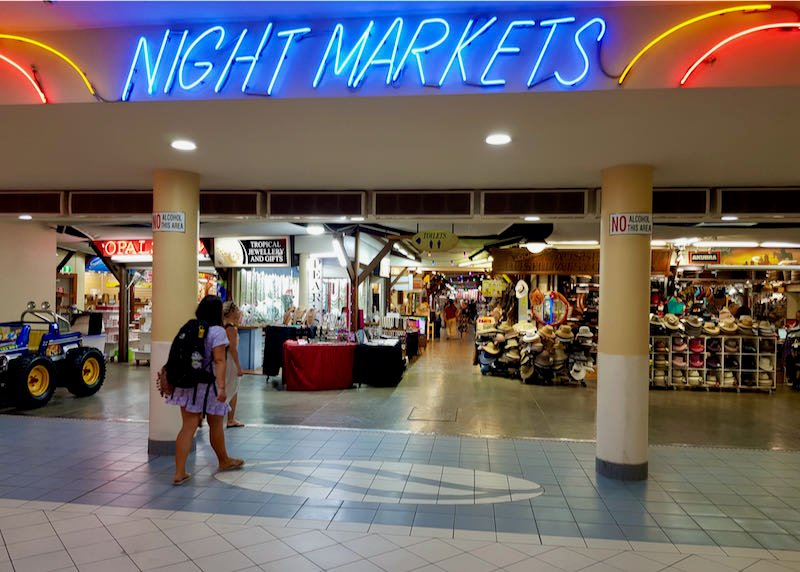 Cairns Night Markets has several souvenir stalls.