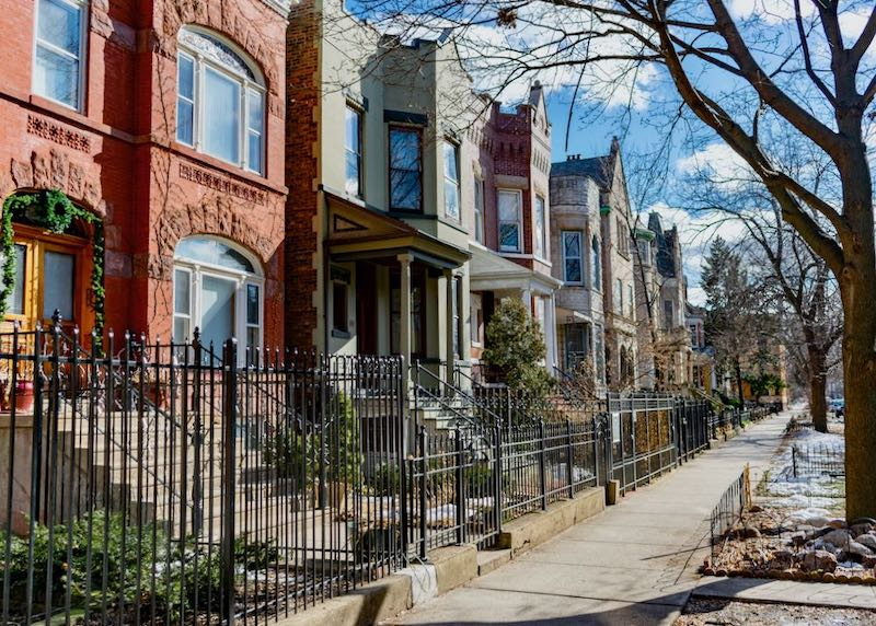 A row of homes in Wicker Park, Chicago