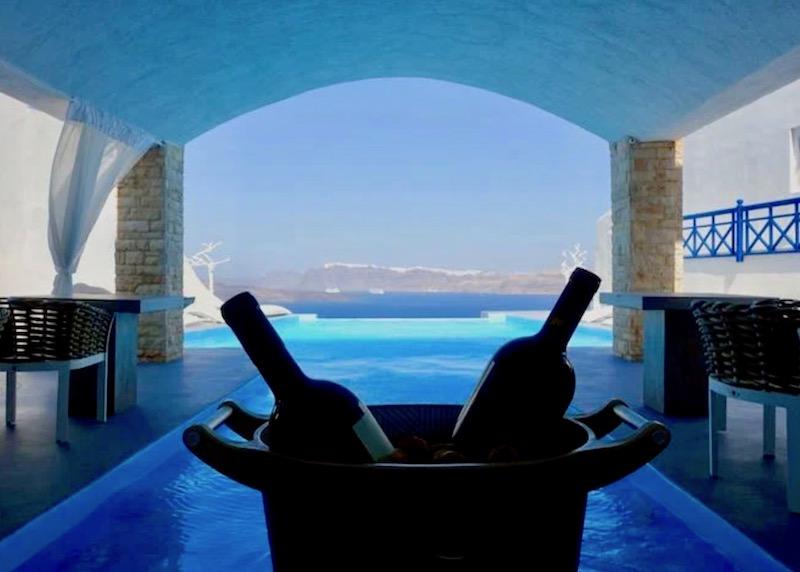 The pool bar at Astarte Suites in Akrotiri, Santorini