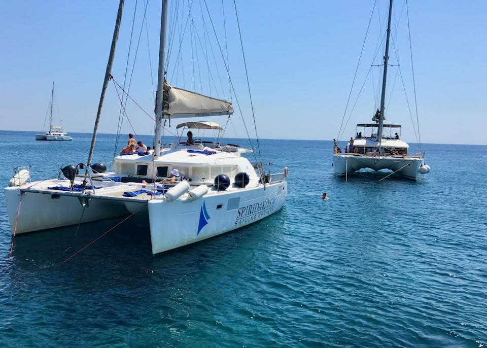 Private boat tour in Santorini.