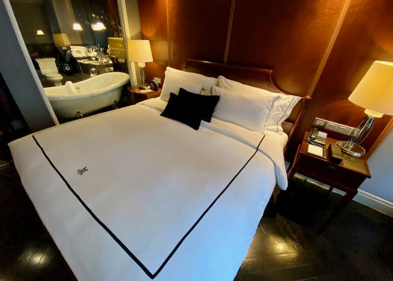 Jatu Deluxe Room