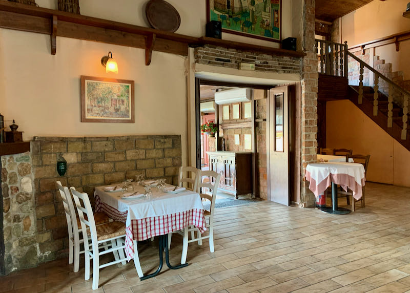The Old Tavern of Psarras indoor seating